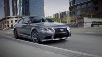 Lexus Command Performance Sales Event TV Spot, 'Luxury Special' - Thumbnail 4
