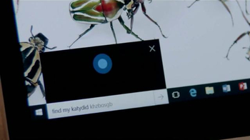 Microsoft Windows 10 TV Spot, 'The Bug Chics y Cortana' [Spanish'] - Thumbnail 6