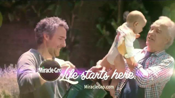Miracle-Gro TV Spot, 'Start Things Off Right: Peppers and Kids' - Thumbnail 6