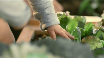 Miracle-Gro TV Spot, 'Start Things Off Right: Peppers and Kids' - Thumbnail 3