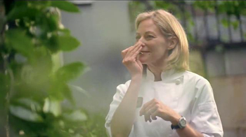 Miracle-Gro TV Spot, 'Anna's Recipe for a Successful Bistro' - Thumbnail 3