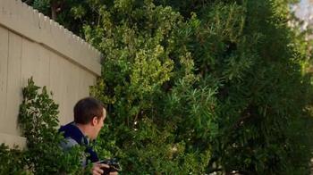 TruGreen TV Spot, 'The Yardleys: Drone' - Thumbnail 7