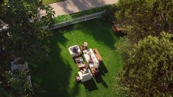 TruGreen TV Spot, 'The Yardleys: Drone' - Thumbnail 3