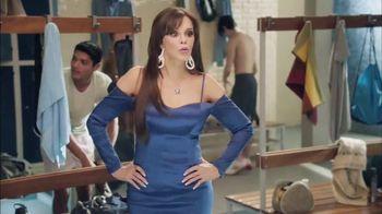Snickers TV Spot, 'El vestuario' con Lucía Méndez [Spanish]