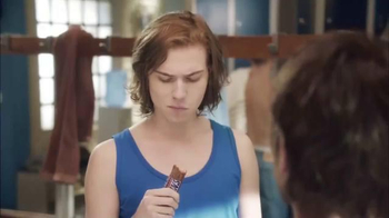 Snickers TV Spot, 'El vestuario' con Lucía Méndez [Spanish] - Thumbnail 9