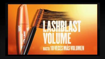 CoverGirl LashBlast TV Spot, 'Noticias' con Katy Perry [Spanish] - Thumbnail 4
