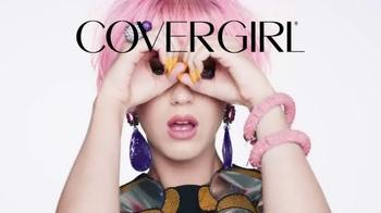 CoverGirl LashBlast TV Spot, 'Noticias' con Katy Perry [Spanish] - Thumbnail 9