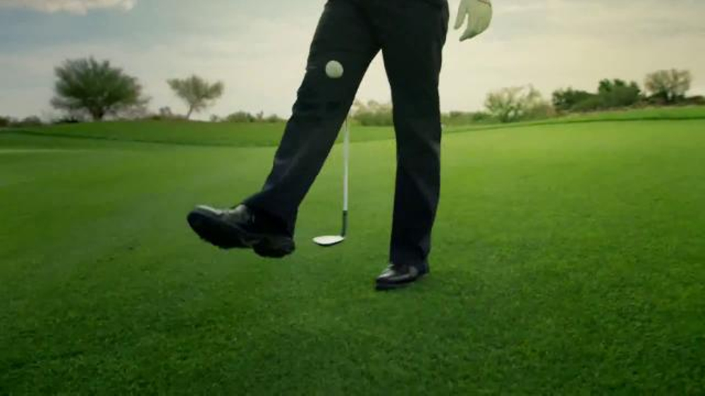 Callaway Chrome Soft TV Commercial, 'Golfers Everywhere Going Soft' Ft. Pat Perez