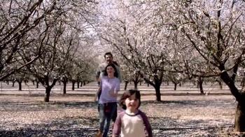 Blue Diamond Almond Breeze TV Spot, 'No Maybe About It' - Thumbnail 7