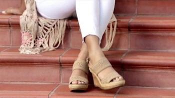 Ross Spring Shoe Event TV Spot, 'New Shoes for the Family' - Thumbnail 5