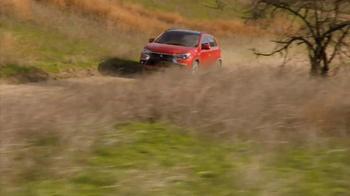 2016 Mitsubishi Outlander Sport TV Spot, 'FX Network: Exclusive Looks' - Thumbnail 1