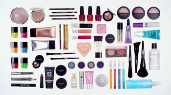 Ulta 21 Days of Beauty TV Spot, 'Don't Dare Miss Out' - Thumbnail 1