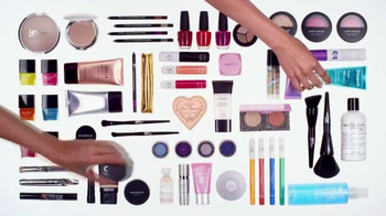 Ulta 21 Days of Beauty TV Spot, 'Don't Dare Miss Out' - Thumbnail 4