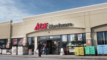 ACE Hardware TV Spot, 'Bob & Carolyn' - Thumbnail 1