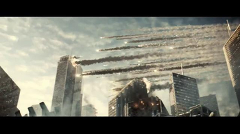 Batman v Superman: Dawn of Justice - Alternate Trailer 11