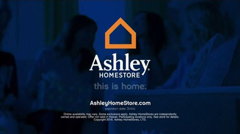 Ashley Furniture Homestore Save & Style Event TV Spot, 'Bed and Sofa' - Thumbnail 8