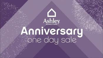 Ashley Furniture Homestore Anniversary Sale TV Spot, 'Friday' - Thumbnail 1