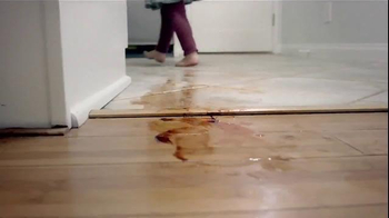Swiffer WetJet TV Spot, 'For Cleaning Up Your Little Bakers' Messes' - Thumbnail 4