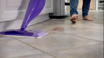 Swiffer WetJet TV Spot, 'For Cleaning Up Your Little Bakers' Messes' - Thumbnail 8