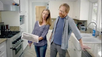 Swiffer WetJet TV Spot, 'For Cleaning Up Your Little Bakers' Messes' - Thumbnail 9