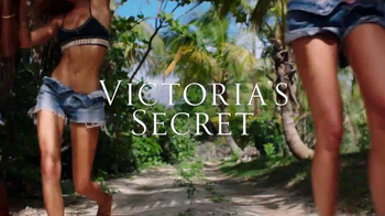 Victoria's Secret TV Spot, 'Spring Fever Beach Tote and Flip-Flops' - Thumbnail 2