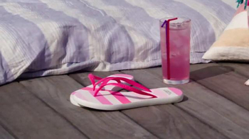 Victoria's Secret TV Spot, 'Spring Fever Beach Tote and Flip-Flops' - Thumbnail 6