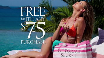Victoria's Secret TV Spot, 'Spring Fever Beach Tote and Flip-Flops' - Thumbnail 7
