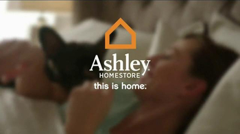 Ashley Furniture Homestore 3 for Free Mattress Event TV Spot, 'Cozy Up' - Thumbnail 8
