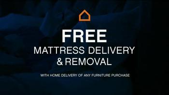 Ashley Furniture Homestore 3 for Free Mattress Event TV Spot, 'Cozy Up' - Thumbnail 3