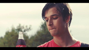 Coca-Cola TV Spot, 'Brotherly Love' Song by Avicii - Thumbnail 8