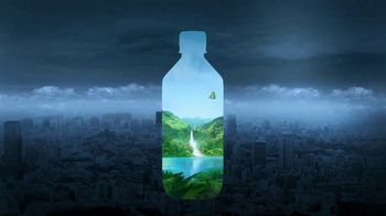 FIJI Water Super Bowl 2017 TV Spot, 'Nature's Gift' - Thumbnail 7
