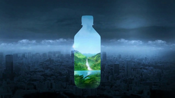 FIJI Water Super Bowl 2017 TV Spot, 'Nature's Gift' - Thumbnail 8