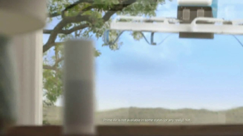 Amazon Echo Super Bowl 2017 TV Spot, 'Alexa Moments: Finger Lick' - Thumbnail 10