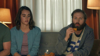 Amazon Echo Super Bowl 2017 TV Spot, 'Alexa Moments: Finger Lick' - Thumbnail 7