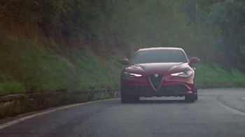 2017 Alfa Romeo Giulia Super Bowl 2017 TV Spot, 'Dear Predictable' - Thumbnail 7
