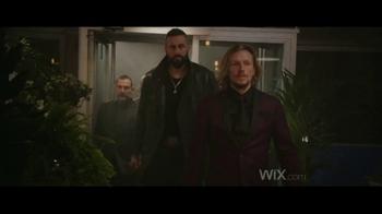 Wix.com Super Bowl 2017 TV Spot, 'Chez Felix' Ft. Jason Statham, Gal Gadot - Thumbnail 1