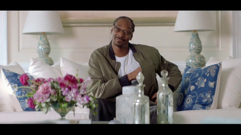 T-Mobile Super Bowl 2017 TV Spot, '#BagofUnlimited With Martha Stewart' - Thumbnail 8