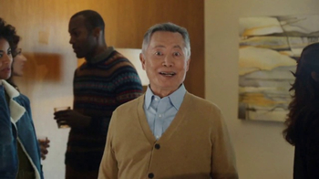 Pizza Hut Super Bowl 2017 TV Spot, 'Oh My' Featuring George Takei - Thumbnail 2