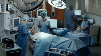 Aflac Super Bowl 2017 TV Spot, 'Surgery' - Thumbnail 2
