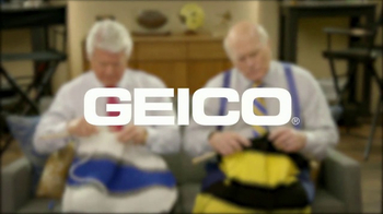 GEICO TV Spot, 'Pregame Relaxation' Featuing Terry Bradshaw, Jimmy Johnson - Thumbnail 6