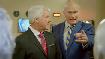 GEICO TV Spot, 'Pregame Haircare' Featuring Terry Bradshaw, Jimmy Johnson - Thumbnail 9