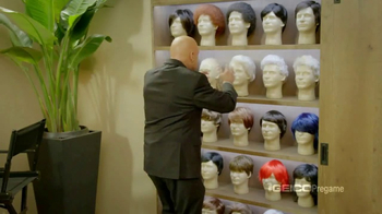 GEICO TV Spot, 'Pregame Haircare' Featuring Terry Bradshaw, Jimmy Johnson - Thumbnail 4