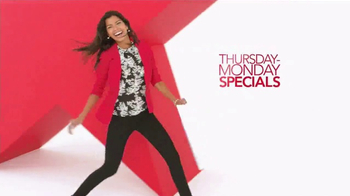 Macy's Super Weekend Sale TV Spot, 'Bedding and Kitchen' - Thumbnail 2