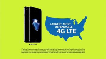 Straight Talk Wireless TV Spot, 'Apple iPhone: Bunny' - Thumbnail 9