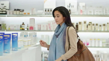 Differin Gel TV Spot, 'Skin Care Aisle' - Thumbnail 5