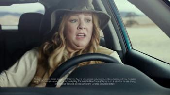 Kia Niro Super Bowl 2017 Teaser, 'Melissa McCarthy Escapes With Her Camera' [T1] - Thumbnail 3