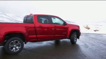 Chevrolet TV Spot, 'NBC 4: Chevy Colorado' Featuring Jessica Vilchis [T2] - Thumbnail 2