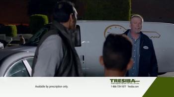 Tresiba TV Spot, 'In the Kitchen & On Call' - Thumbnail 4