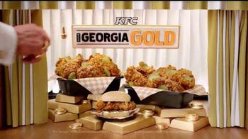 KFC Georgia Gold TV Spot, 'Más dorado que el oro' [Spanish] - Thumbnail 7