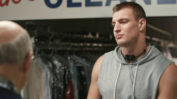 Tide Super Bowl 2017 Teaser, 'Gronk Works the Rack' Feat. Jeffrey Tambor - Thumbnail 2